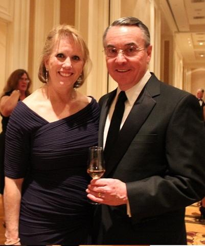 維加斯交響樂團年度饗宴  氣氛熱絡