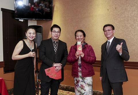 美食群新年晚宴 節目精彩獎品豐厚受歡迎