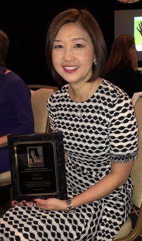 第八屆金手服務獎 華裔Irene Lee獲殊榮
