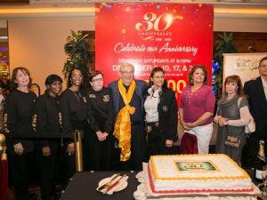 黃金海岸賭場30周年慶 香檳慶祝