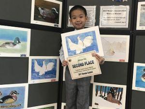華裔小畫家何宜諾 獲內州繪畫比賽二等獎